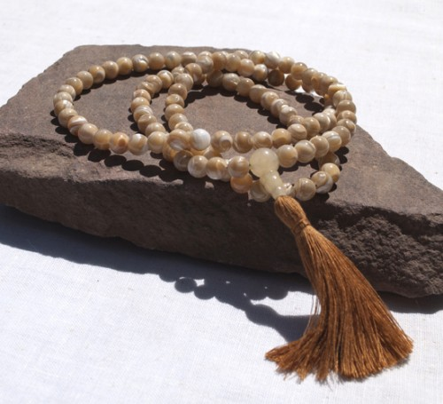 Natural Mother of Pearl Full Mala
